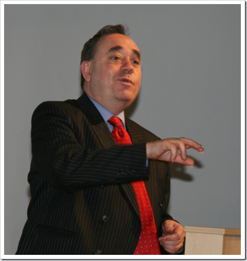Mr Salmond takes a Question